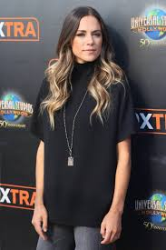 jana kramer is pregnant u0027one tree hill u0027 star expecting first