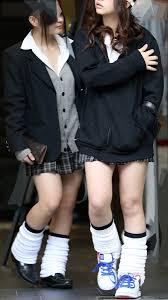 現役女子高生ル-ズソックス|ルーズソックス盗撮エロ画像】1990年代にJKの間で大流行した靴下 ...