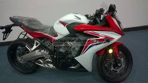 honda cbr latest bike honda cbr 650f india dealership spy pic 21 carblogindia
