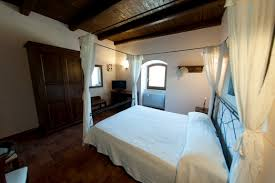 romantic room in umbria valle rosa country hotel and