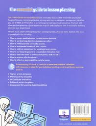 the essential guide to lesson planning amazon co uk dr leila