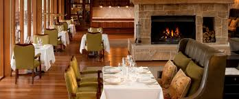 wolgan dining room emirates one u0026only wolgan valley australia