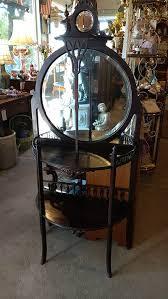 Etagere Antique Petite étagère With Round Beveled Mirrors Noble Treasures Antiques