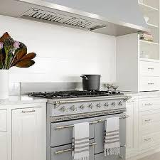 white shiplap kitchen hood design ideas
