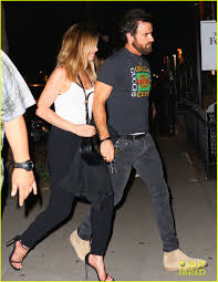 casual date aniston justin theroux a casual nyc date