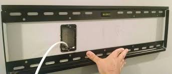 mounting how should i wall mount a tv with one metal stud and a