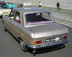 peugeot luxury sedan file peugeot 204 sedan at montlhéry jpg wikimedia commons