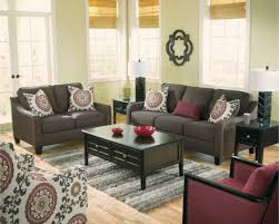 marsala madness decorating ideas with the color of the year