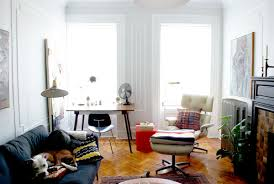 Chairs For Small Living Room Spaces The Eames Lounge Chair In Small Nyc Apartments And Other Small Spaces