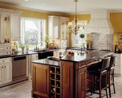 kraftmaid kitchen island 202 best kraftmaid cabinetry images on kitchens