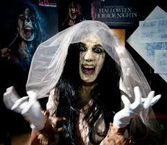 halloween horror nights la llorona estrellas latinas presentes en