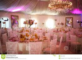 decoration de luxe intérieur d u0027une décoration blanche de luxe de tente de mariage