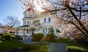 hotel the gatsby mansion victoria canada booking com