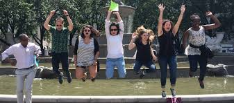 new york city scavenger hunts fun funny games for groups in nyc