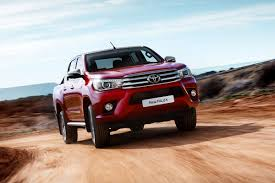 hilux 2016 toyota hilux prices and specs carbuyer