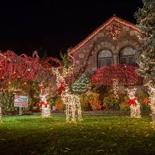 Dyker Heights Christmas Lights Photos The Best Of The Insane Dyker Heights Christmas Lights