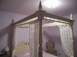 letto a baldacchino antico letto a baldacchino in legno tek a acqui terme kijiji annunci