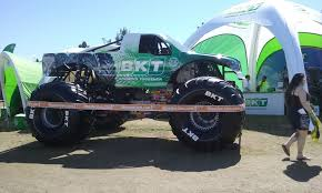power wheels grave digger monster truck bkt race monster trucks wiki fandom powered by wikia
