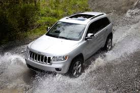 2007 jeep grand capacity 2013 jeep grand overview cars com