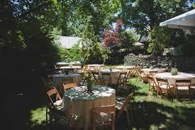 new york wedding photographer laura and julie u0027s backyard wedding