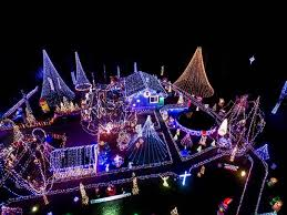 christmas light show ct ct resident wins first place on the great christmas light fight