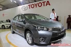 toyota old new vs old toyota corolla altis feature details launch