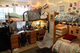 student decorated room examples
