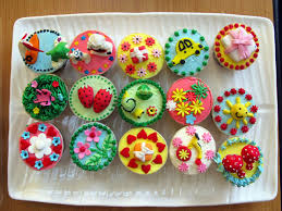 decorating cupcakes with candy interior design