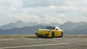 porsche carrera the 2018 porsche 911 carrera t is a lightweight 911 made for