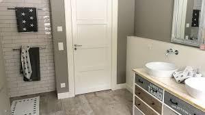 retro badezimmer innenarchitektur kleines kleines badezimmer fliesen retro 21