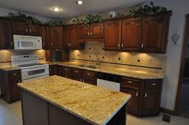 ideas for kitchen backsplash with granite countertops great granite kitchen countertops ideas sbl home in kitchen granite