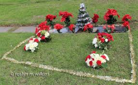 Christmas Grave Decorations Christmas Decorations Rmw The Blog