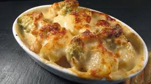 cuisiner un chou romanesco gratin chou romanesco et pommes de terre sauce béchamel le de