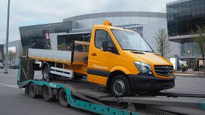 mercedes truck 2016 file mercedes benz sprinter flatbed truck jpg wikimedia commons