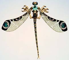dragonfly corsage ornament made of gold enamel chrysoprase