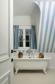 Striped Wallpaper Bathroom łazienka Sztukateria Inspiracje Pinterest