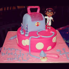 dr mcstuffin cake 95 best doc mcstuffins cakes images on birthday party