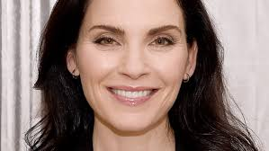 julianna margulies haircut it s julianna margulies s 51st birthday see her best hairstyles