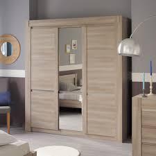 armoires de chambre impressionnant armoire de chambre porte coulissante ravizh com
