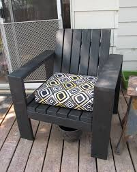 Diy Wooden Outdoor Chairs by Best 25 Outdoor Chairs Ideas On Pinterest Garden Chairs Diy