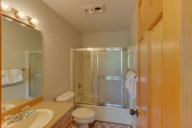 Lodge Style Bathroom Lodge Style Cabin In The Heart Of Central Oregon 3 Bd Vacation