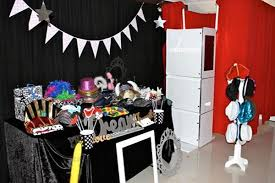 party photo booth photo booth disco party 4 kid s bop till you drop