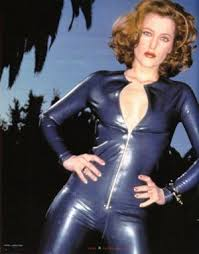 Gillian Anderson Latex - fhm shoot 1996 gillian anderson 12192113 300 383 jpg 300 383