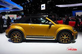 volkswagen bug 2016 black volkswagen rolls out the beetle dune at the 2015 l a auto show