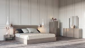 Contemporary Bedroom Furniture Set Buy Platform Beds Or Modern Beds In Modern Miami