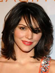 medium short hairstyles thick hair hairstyles for small faces and