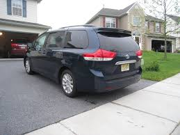 toyota 2011 awd review 2011 toyota limited awd autosavant autosavant