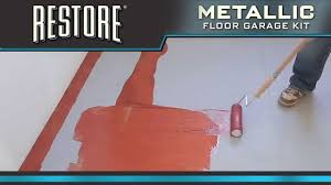 Rustoleum Garage Floor Coating Kit Instructions by How To Video How To Apply Restore Metallic Floor Coating Kit