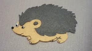 make a felt applique hedgehog diy crafts guidecentral
