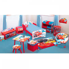 chambre mcqueen disney cars storage bench great kidsbedrooms the children bedroom
